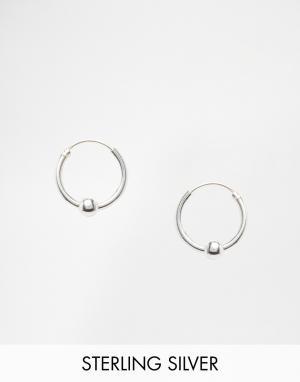 Kingsley Ryan Серебряные серьги‑кольца с шариками. Цвет: серебряный