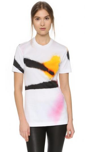 Приталенная футболка Josh Goot. Цвет: белый, распыленная краска