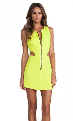 Платье retro с вырезами Naven. Цвет: желтый