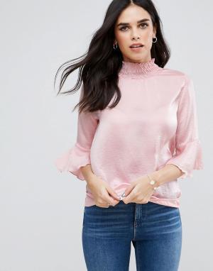 AX Paris Топ из жатой ткани с воротником-стойкой и длинными рукавами. Цвет: розовый