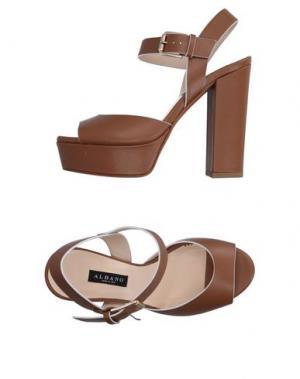 Сандалии ALBANO. Цвет: коричневый