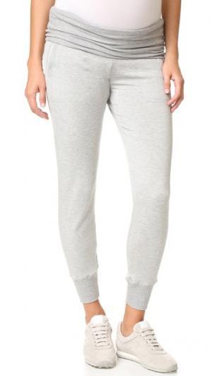 Спортивные брюки для беременных с отложным элементом Beyond Yoga. Цвет: серый меланж