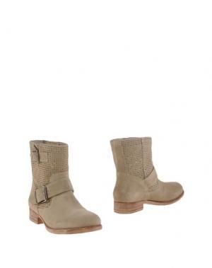 Полусапоги и высокие ботинки ELIANA BUCCI. Цвет: песочный