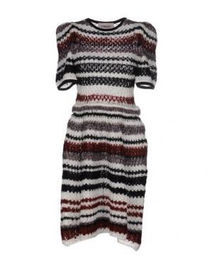 Платье до колена TOMASO. Цвет: белый