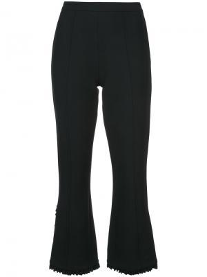 Укороченные брюки с оборками снизу Cinq A Sept. Цвет: чёрный