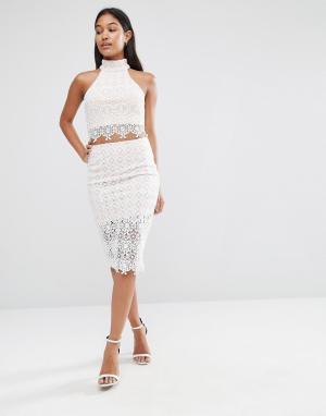 Love Triangle Облегающая юбка из кружева. Цвет: белый
