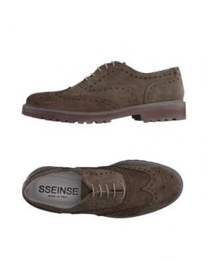 Обувь на шнурках SSEINSE. Цвет: хаки
