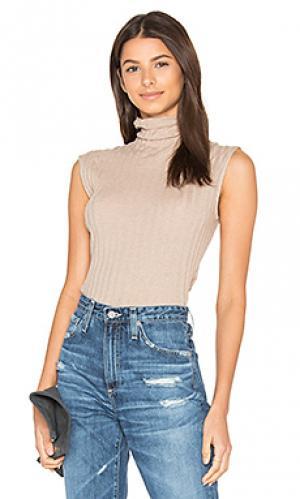 Кашемировый свитер без рукавов с высокой шеей Enza Costa. Цвет: коричневый