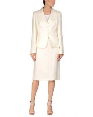 Классический костюм MARIELLA BURANI. Цвет: слоновая кость