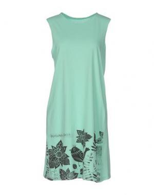 Короткое платье EMPATHIE. Цвет: светло-зеленый