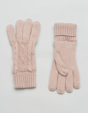 Stitch & Pieces Розовые перчатки с вязкой косами. Цвет: розовый