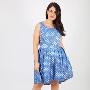 Платье расклешенное средней длины, с жаккардовым рисунком KOKO BY. Цвет: синий