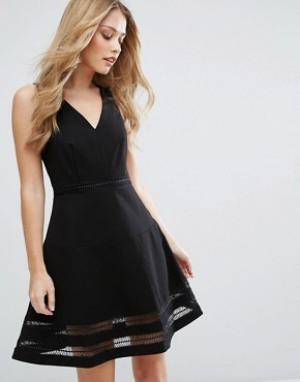 Adelyn Rae Короткое приталенное платье с прозрачными вставками. Цвет: черный
