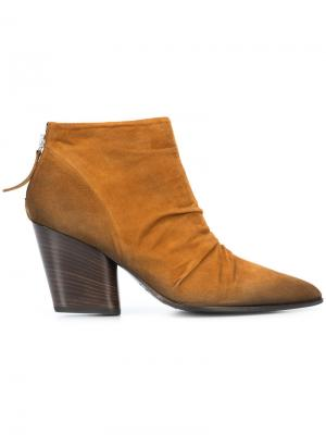 Rene Exclusive boots Chuckies New York. Цвет: коричневый