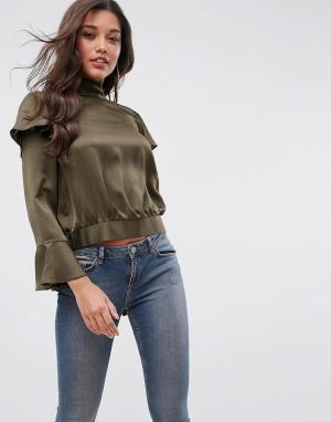 ASOS Блузка с оборками и разрезом на спине Luxe. Цвет: зеленый