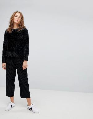 Weekday Шерстяные брюки в полоску. Цвет: черный