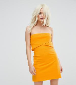 ASOS Petite Платье-бандо мини в рубчик. Цвет: желтый