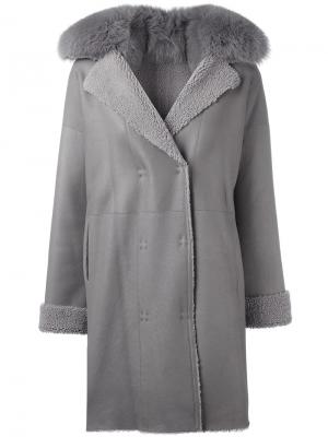 Пальто с меховым воротником Guy Laroche Vintage. Цвет: серый