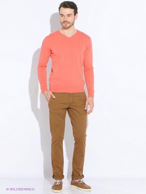Пуловер Men of all nations. Цвет: коралловый