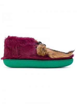 Ботинки с меховой отделкой Prada. Цвет: розовый и фиолетовый