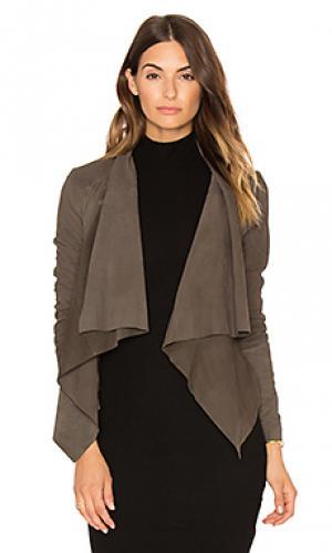 Куртка ember sen. Цвет: оливковый