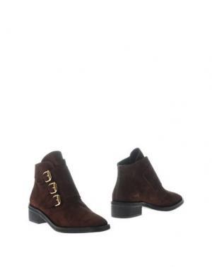 Полусапоги и высокие ботинки REBECA SANVER. Цвет: коричневый