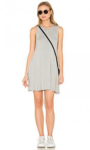 Мини платье с переплетом BLQ BASIQ. Цвет: серый