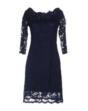 Короткое платье OLVI'S. Цвет: ярко-синий