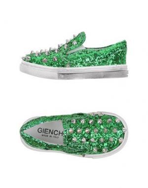 Низкие кеды и кроссовки GIENCHI. Цвет: зеленый