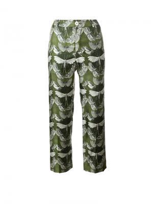 Укороченные брюки с принтом бабочек F.R.S For Restless Sleepers. Цвет: зелёный