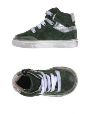Низкие кеды и кроссовки GRANT GARÇON. Цвет: зеленый