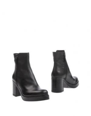 Полусапоги и высокие ботинки J|D JULIE DEE. Цвет: черный