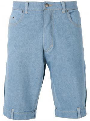 Джинсовые шорты Andrea Crews. Цвет: синий
