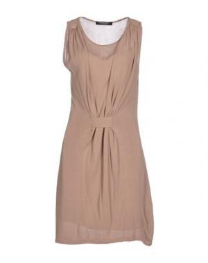 Короткое платье LOVE SEX MONEY. Цвет: хаки