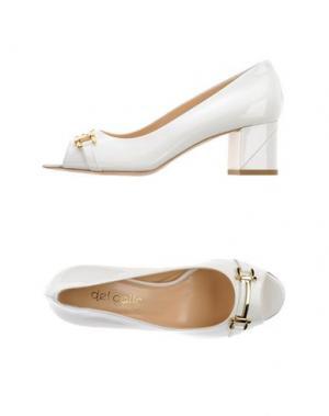 Туфли DEL GATTO. Цвет: белый