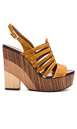 Обувь на каблуке onia Vince Camuto. Цвет: горчичный