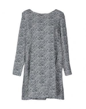 Короткое платье VICOLO. Цвет: серый