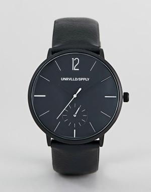 ASOS DESIGN monochrome watch with black faux leather strap. Цвет: черный
