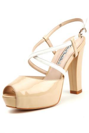 Босоножки на каблуках Barachini. Цвет: бежевый