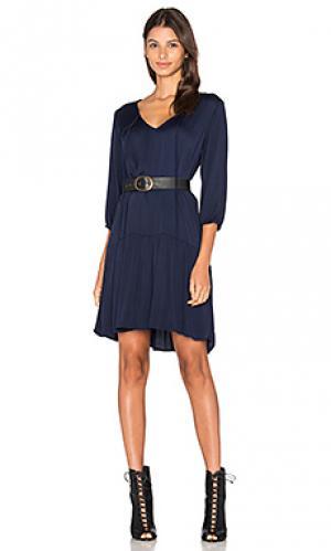 Платье с приспущенной талией и рукавом 3/4 Michael Stars. Цвет: синий