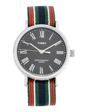 Наручные часы TIMEX. Цвет: зеленый
