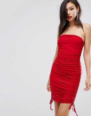 Club L Облегающее платье-бандо со сборками. Цвет: красный