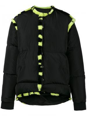 Дутая куртка с меховой отделкой Liam Hodges. Цвет: чёрный