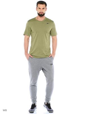 Футболка M NK DRY TEE LGD 2.0 Nike. Цвет: оливковый