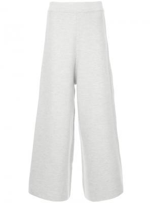 Широкие укороченные брюки Cityshop. Цвет: серый