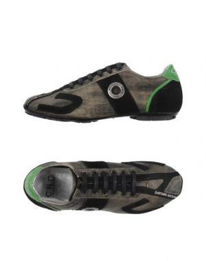 Низкие кеды и кроссовки C'N'C' COSTUME NATIONAL. Цвет: серый