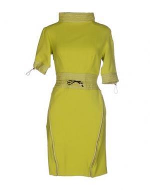 Короткое платье GAETANO NAVARRA. Цвет: кислотно-зеленый