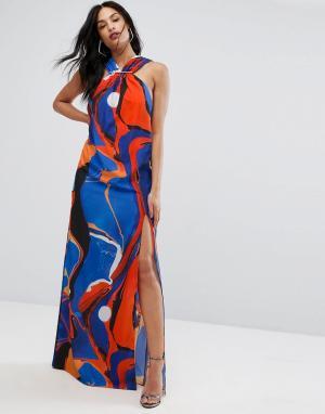 AQ Платье-халтер макси с принтом и металлической отделкой AQ/AQ. Цвет: мульти