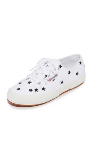 Кроссовки Cotu 2750 с вышивкой Superga. Цвет: белый с черными звездами