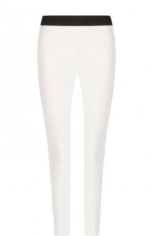 Кожаные брюки-скинни с контрастным поясом DROMe. Цвет: белый